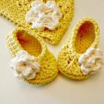 New Baby Gift yellow with ivory hat..